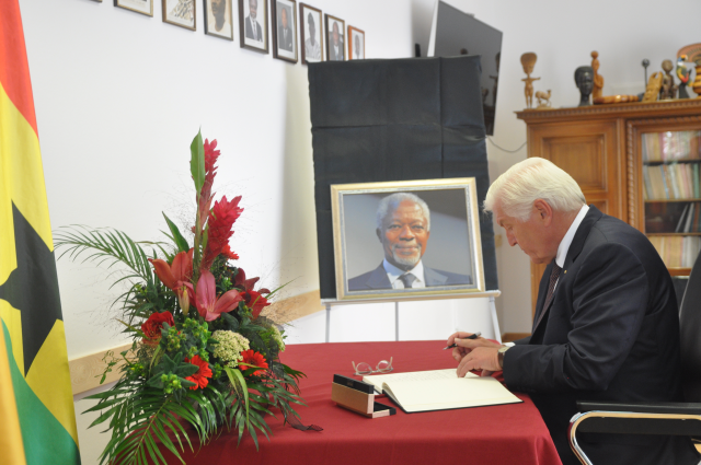 SIGNING OF THE BOOK OF CONDOLENCE ON THE DEMISE OF FORMER UN SECRETARY GENERAL H.E. MR KOFI ANNAN